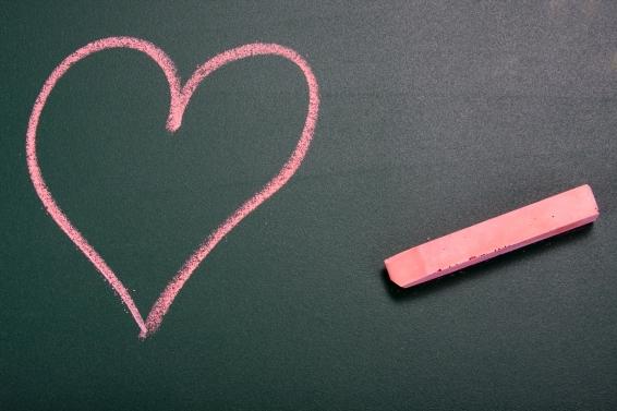 papan tulis cinta