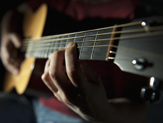 Surat Cinta 8 Dari Gitar Akustik Untuk Lampu Sorot Kata Kata Dicta